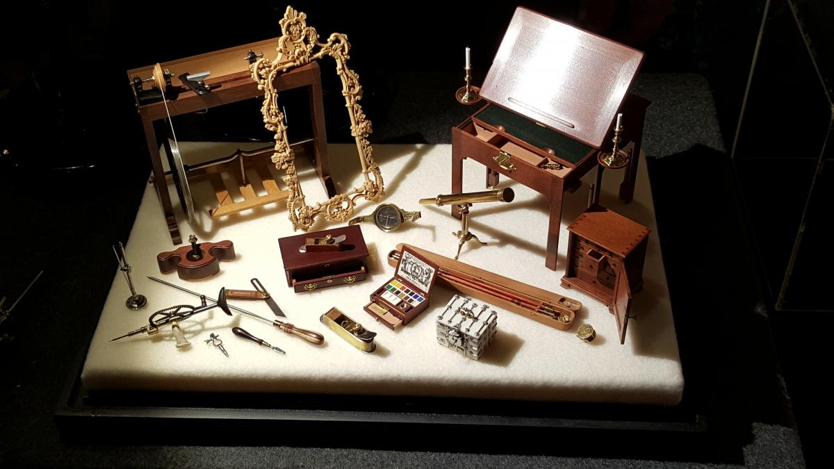 Bill Robertson's miniature toolkit on display at Handworks 2015