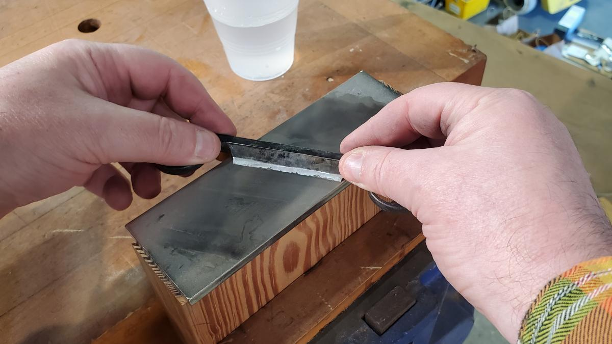 How to Sharpen Spoonmaker's Drawknives 3