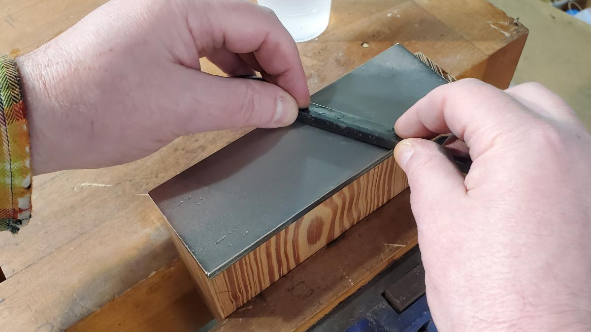 How to Sharpen Spoonmaker's Drawknives 1