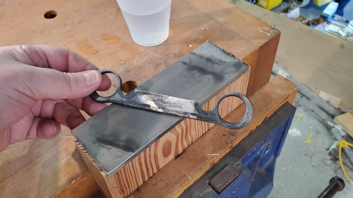 How to Sharpen Spoonmaker's Drawknives 4