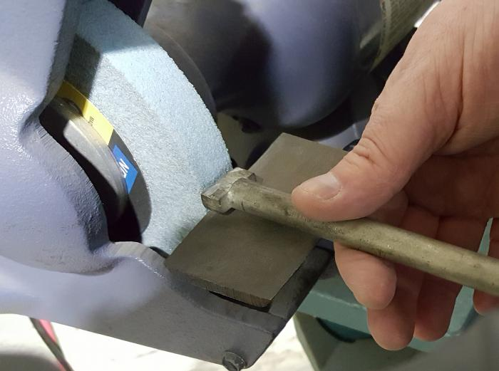 Dressing Your Grinding Wheel For Cool
