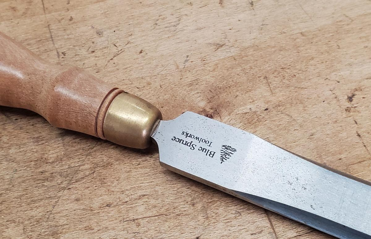 Modern drawn ferrule on a recent bolsterless Blue Spruce Chisel