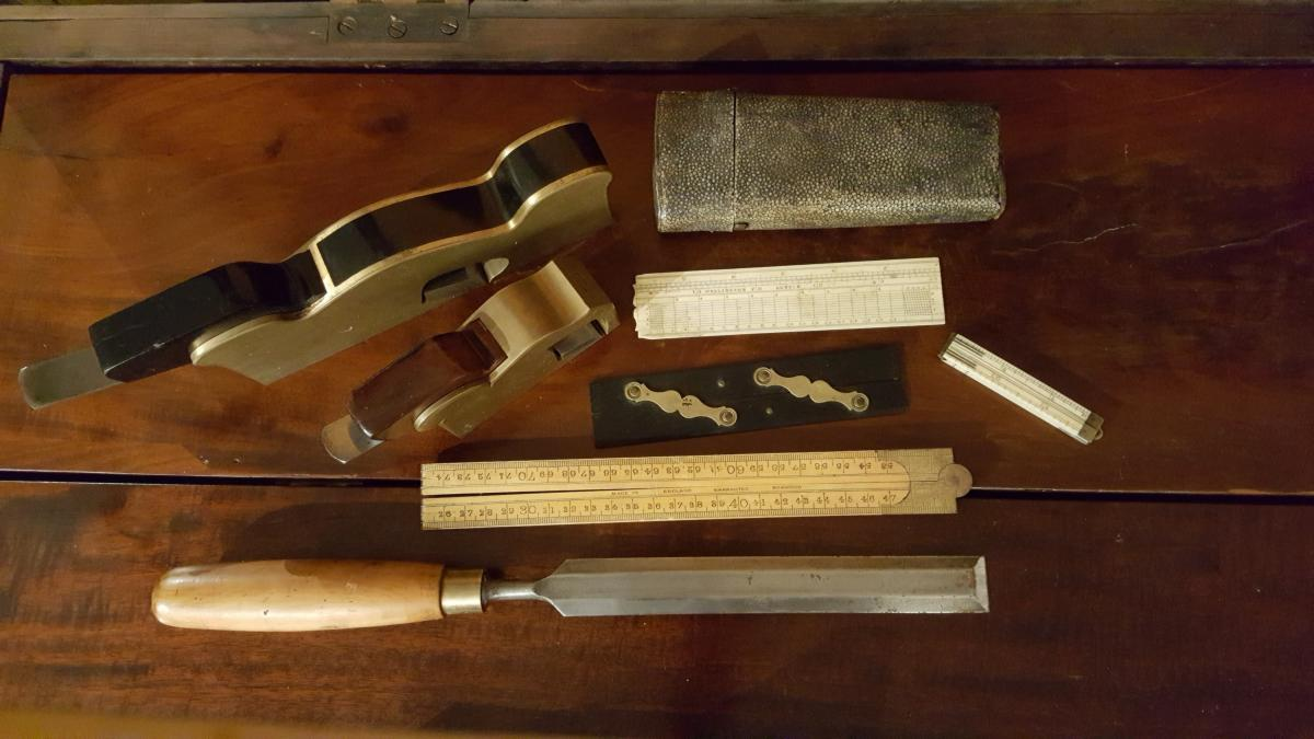 Before the CITES List: Endangered Materials Used in Tools 1
