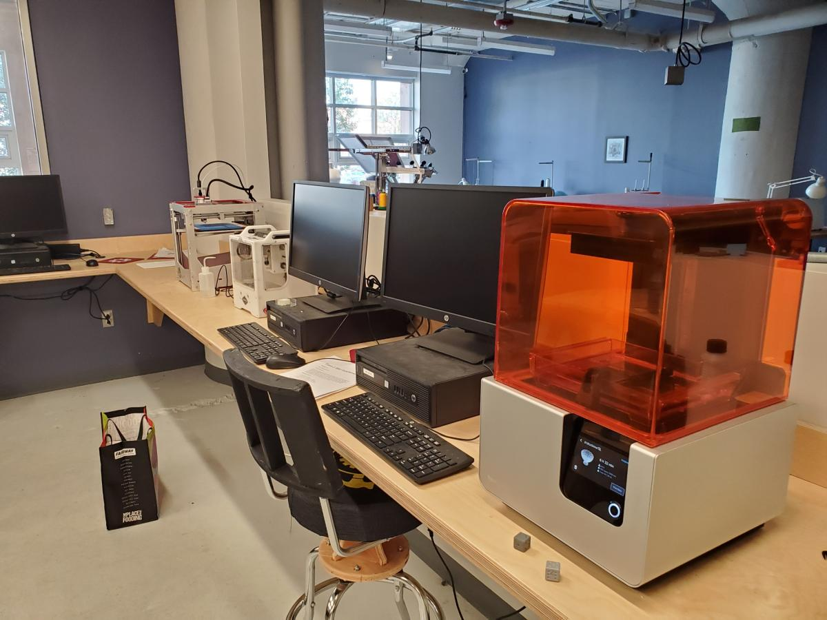 About half of the 3D printer setup
