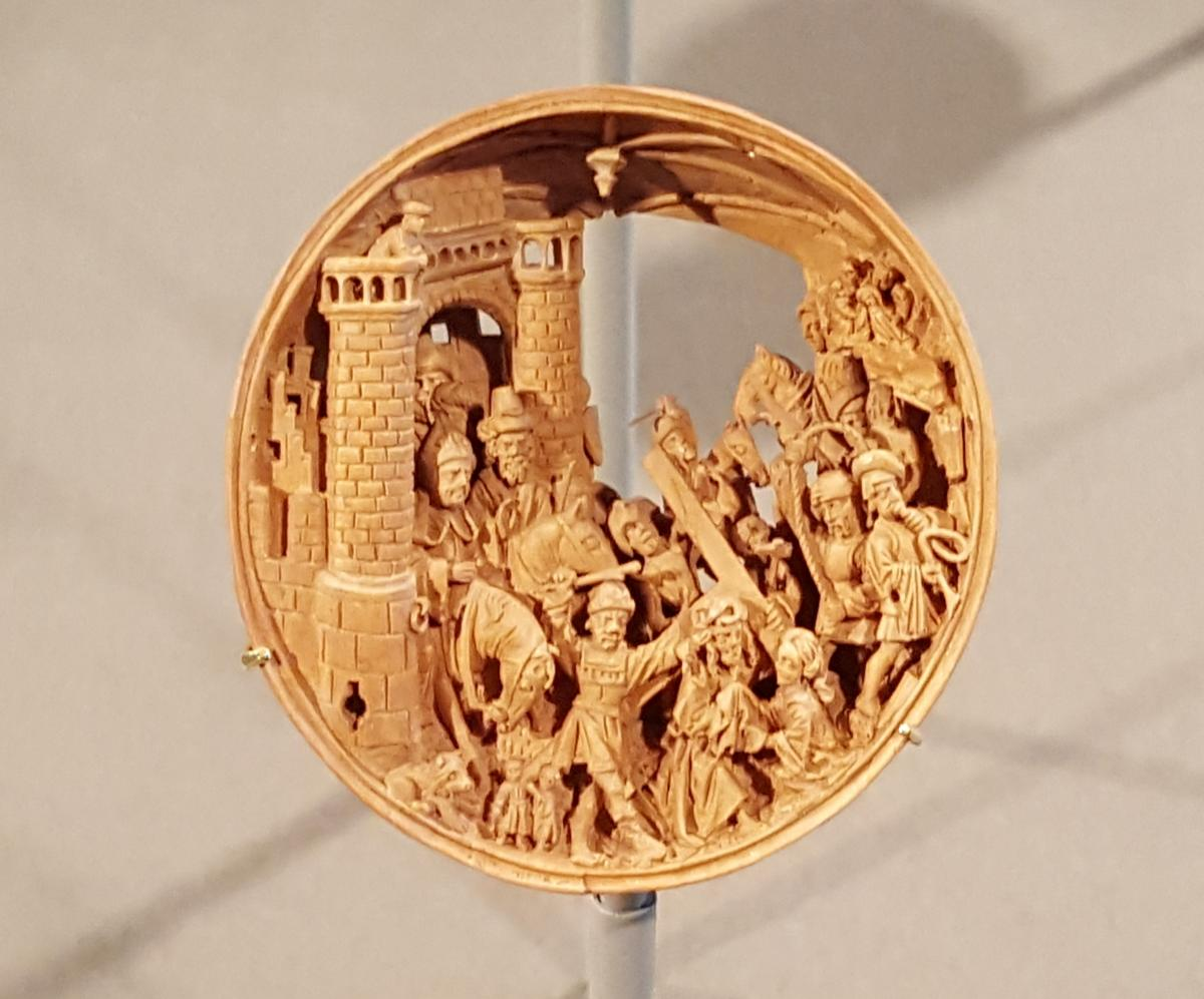 OMG  - 16th Century Boxwood Miniatures  PT1  - and other news  4