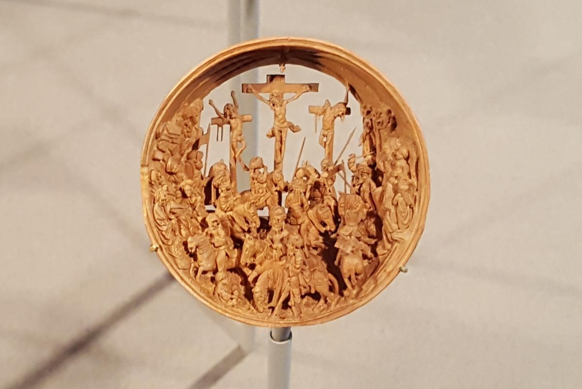 OMG  - 16th Century Boxwood Miniatures  PT1  - and other news  5