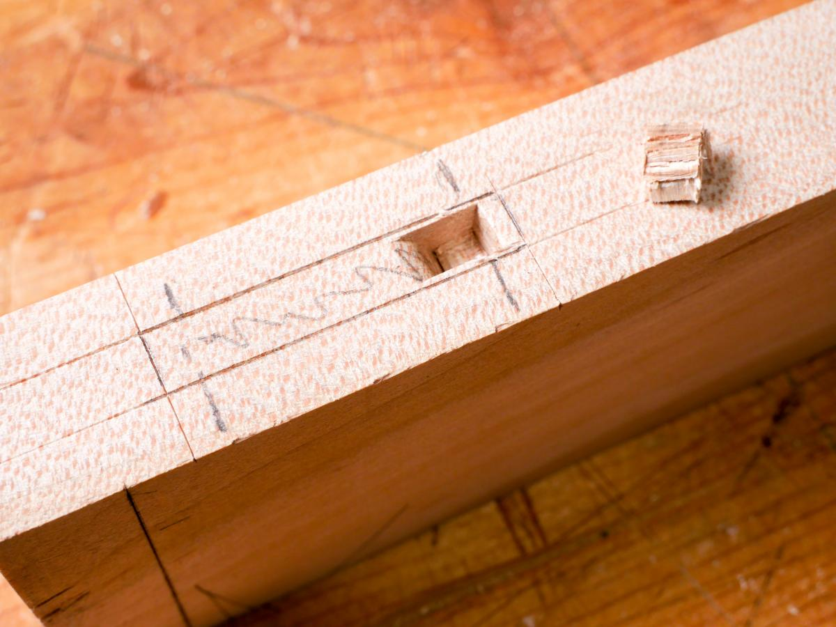 How to Mortise the Moxon Way: Part 2, Chopping the Mortise 12