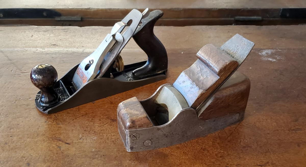 Front: Early Spiers wedged smoother c. 1850's. Rear: 20th century Stanley Bench plane