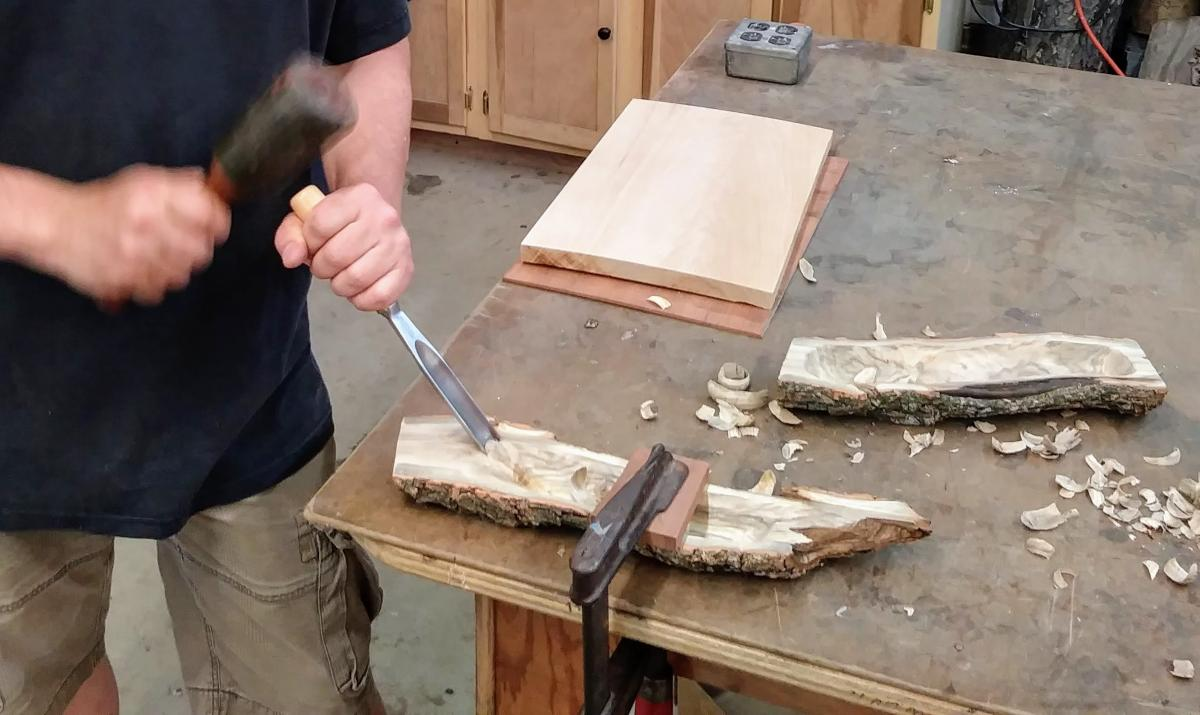 Carving A Live Edge Bowl - Part 2 5
