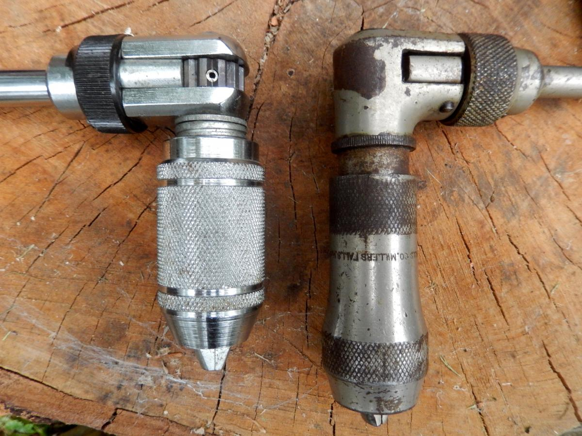The open ratchet brace on the right is newish. The closed box ratchet brace on the right is vintage but still works great