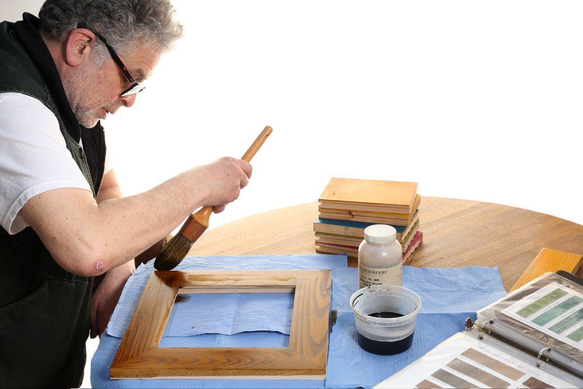 Wood Finishing with Lockwood Dyes  1