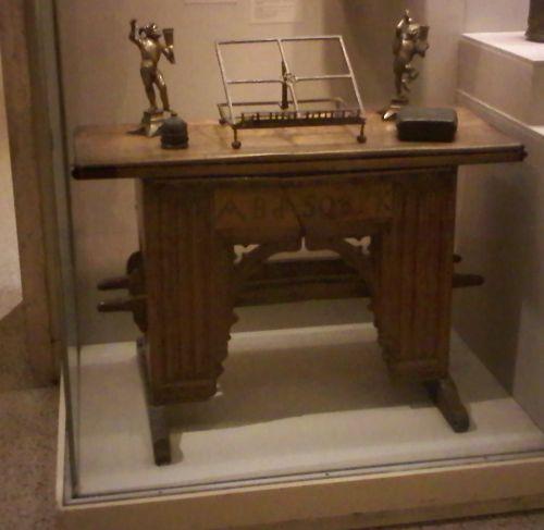 A Desk I  Would Like To Make 4
